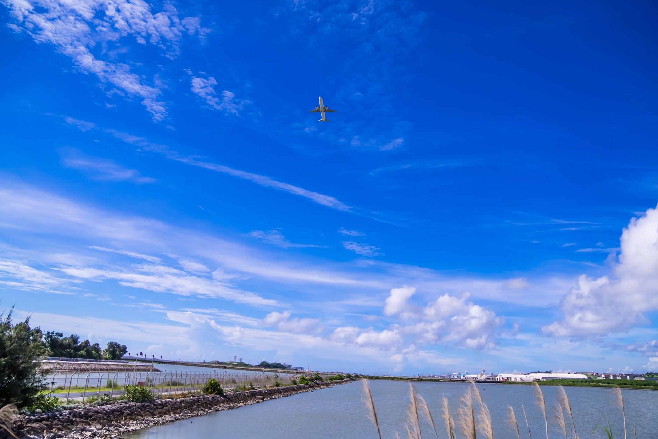 沖縄 瀬長島 飛行機4