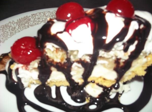 Bea's Banana Split Pie Recipe