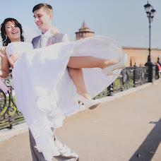 Wedding photographer Tatyana Zakharenkova (tatka89). Photo of 23.12.2013