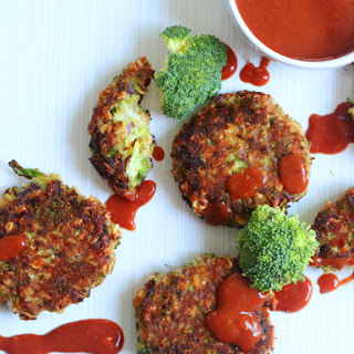 Cheesy Broccoli Oat Fritters