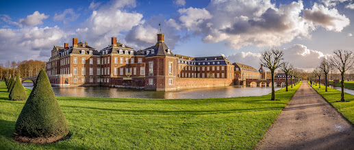 Photo: #November #Spaziergang am #Schloss #Nordkirchen im #Münsterland  - November walk at the #palace of Nordkirchen in the #German #Muensterland  - #WestfälischesVersailles #Panorama #panoramaphotography