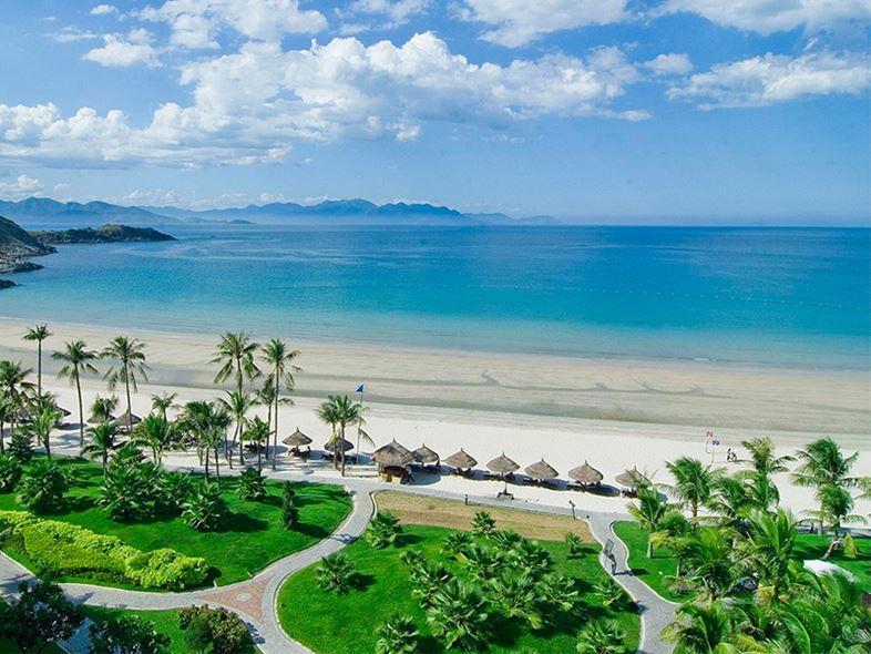 Sănvé máy bay đi Nha Trang tại công ty du lịch BestPrice