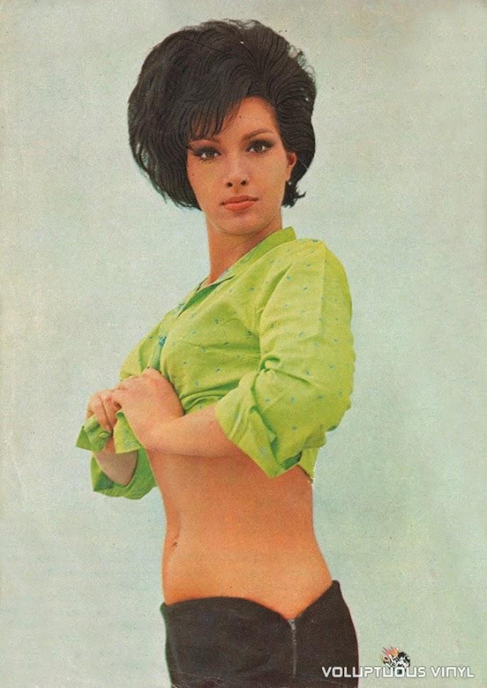 Helga Line green top