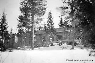 Photo: Vasselhyttans bygdegård, våren 1922
