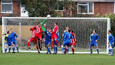 Photo: 20/03/10 v Sheerness East (Kent County League Div 1 East) 0-0 contributed by Paul Roth