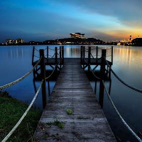 Sunset Jetty by Fadly Hj Halim - City,  Street & Park  Vistas ( dri, picc, hdr, putrajaya, sunset, lake, malaysia, jetty, slow shutter )