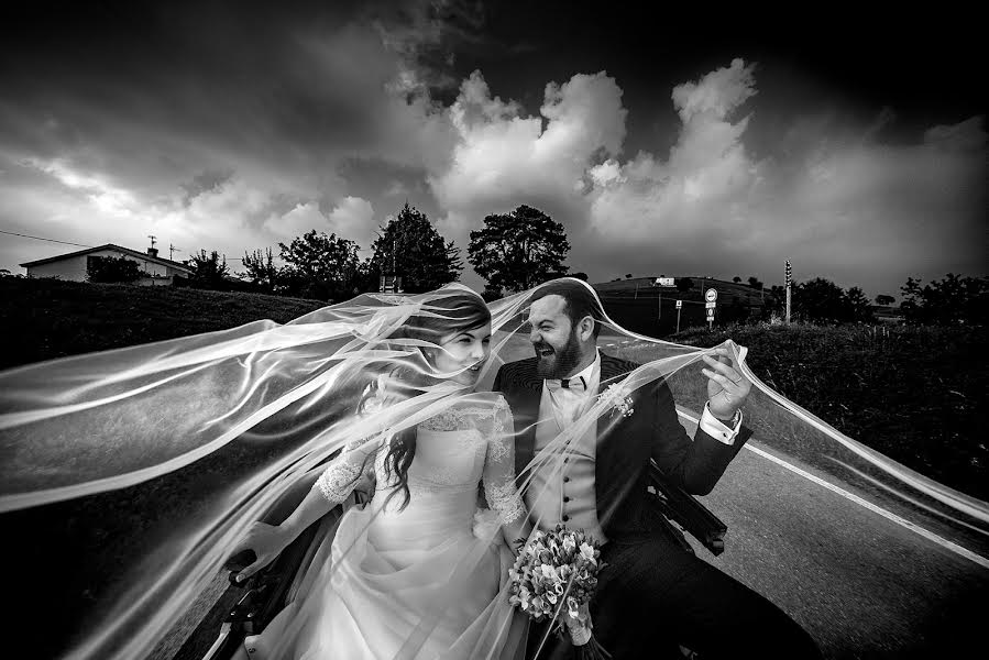 Wedding photographer Cristiano Ostinelli (ostinelli). Photo of 16.09.2018