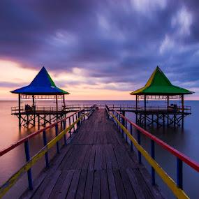 Before the Sorm by Robertho Ponomban - Landscapes Sunsets & Sunrises ( indonesia, sunrise, landscapes, storm, surabaya )