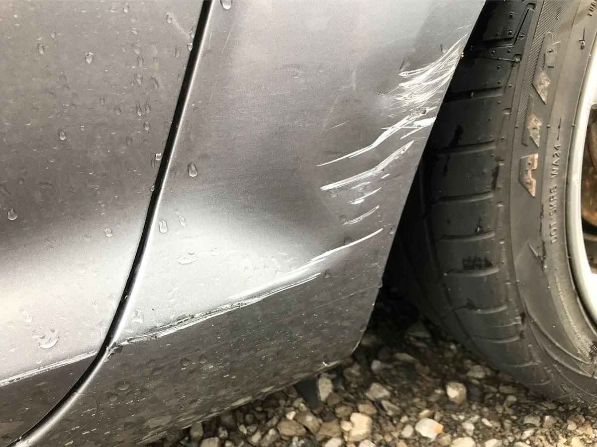 修理 自分 傷 で 車 板金修理(車の傷・へこみの補修・塗装)の基本と一般的な相場とは 車検や修理の情報満載グーネットピット