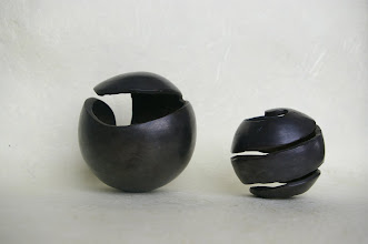 Photo: Quelle des Lebens, Lauf des Lebens (Unikate), Bronze, schwarz patiniert