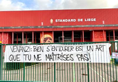 """📷 Ultras Standard viseren iedereen bij Standard, zelfs Preud'homme ontsnapt niet: """"Vertrek!"""""""