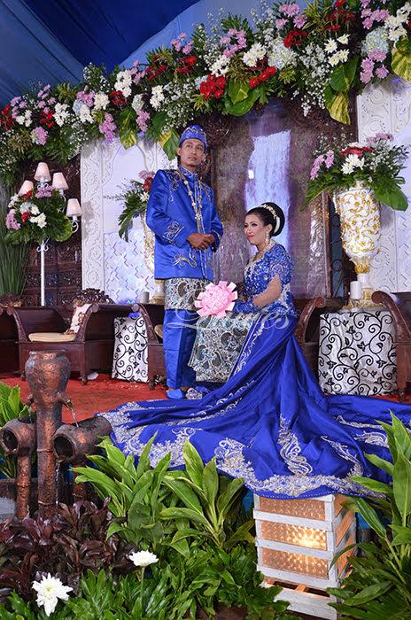 Kebaya pengantin semi gaun modern