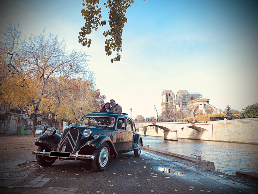 Visite de Paris en Citroen Traction et 2cv