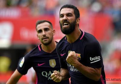 Barcelona won met 0-5 op het veld van Sporting Gijon