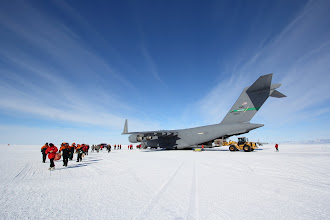 Photo: C-17 on the Sea Ice Runway