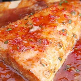 Grilled Salmon with Sweet Chili Glaze