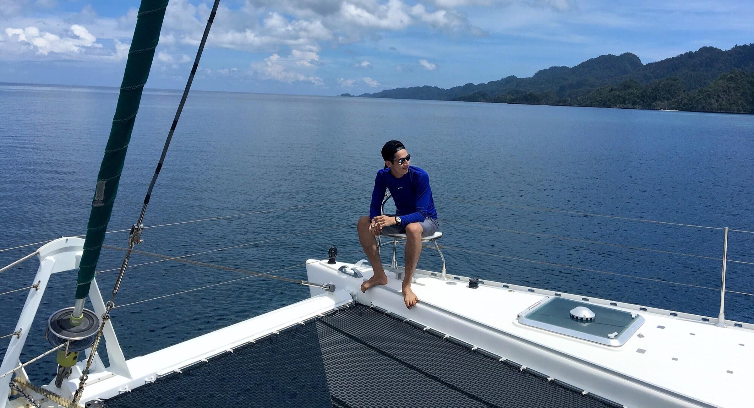 Traveling Dengan Yacht di Misool, Raja Ampat