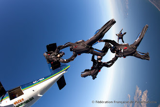 Photo: VR4 France, sortie d'avion, sept. 2011, Photo Bruno Brokken