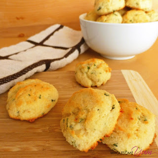 Garlic Parmesan Biscuits (Paleo, Low Carb)