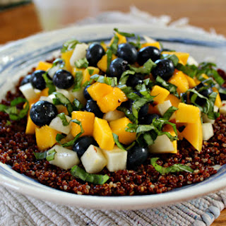 Quinoa Salad with Blueberry & Mango