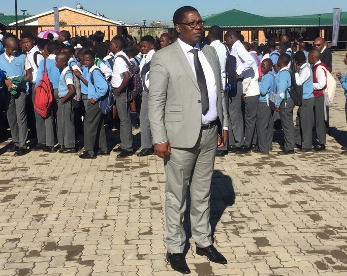 Gauteng education MEC Panyaza Lesufi visits Tsakane in Ekurhuleni to unveil 33 'smart' classrooms at Menzi primary school, rolled out as part of the province's plan to improve access to technology at state schools on January 9, 2019. On Tuesday, robbers made off with all 185 tablet computers for Grade 7 learners.