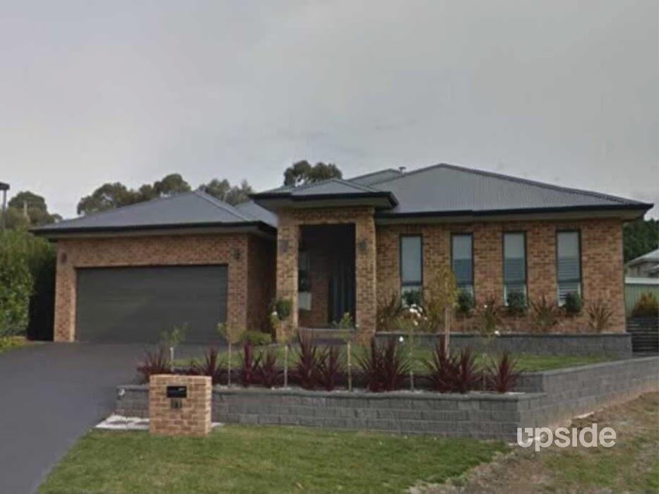 Main photo of property at 11 Eliza Place, Orange 2800