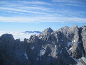 Photo: Eso si, que vistas de los Picos, La Aguja, Peña Vieja y al fondo inclusive el Curavacas