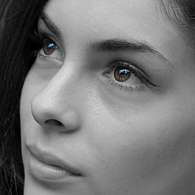 Tina by Milan Milosevic ヅ - People Portraits of Women ( face, black and white, woman, women, pwcfaces-dq, people )