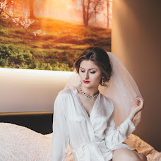 Wedding photographer Aleksandr Astakhov (emillcroff). Photo of 23.02.2016