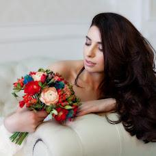 Wedding photographer Irina Nartova (Blondina). Photo of 17.04.2014