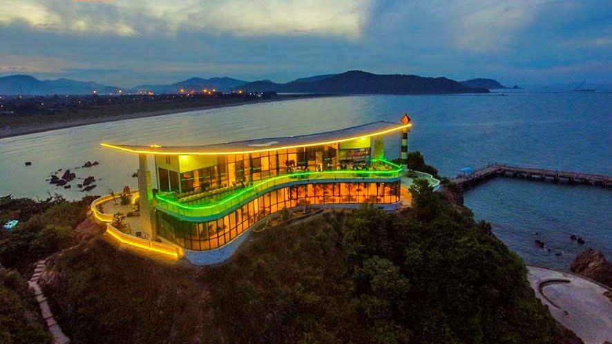 Nhà hàng Song Ngư Sơn trên đảo Lan Châu