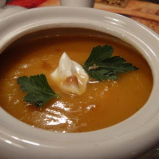 Spicy Sweet Potato-Apple Soup