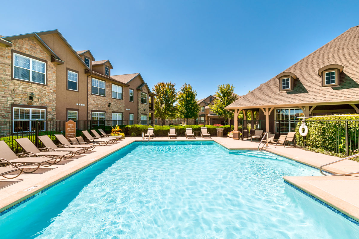 Village at Lionsgate Apartments in Overland Park, Kansas ...
