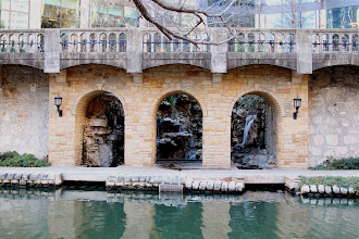 Photo: Charm on the San Antonio River