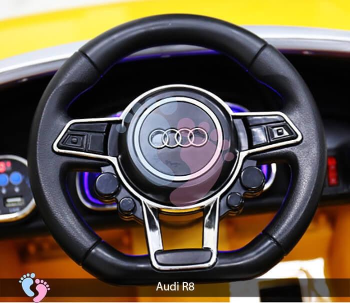 Xe hơi điện thể thao Audi R8 11