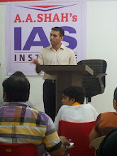 Photo: IPS Ajay Kumar adressing Students at A A SHAH's IAS Institute, Fort