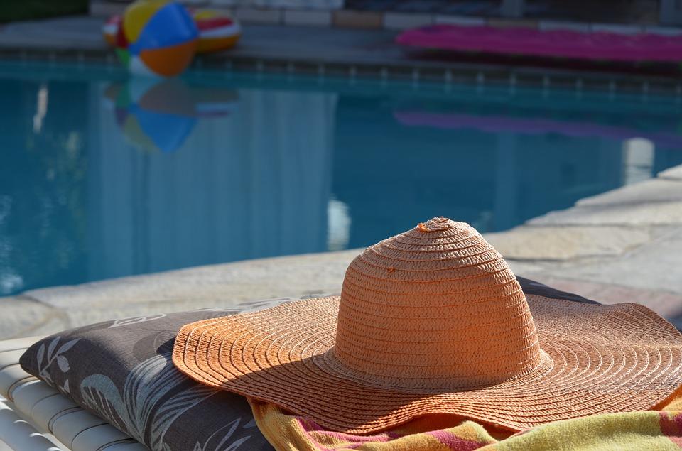 sun-hat-364544_960_720.jpg
