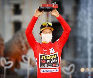 Code Rood: Jumbo-Visma zet docu online met unieke inkijk op Vuelta-wins en bus die meeleeft met Van Aert in De Ronde