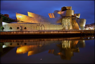 Photo: Guggenheim Museum (Bilbao, Spain)