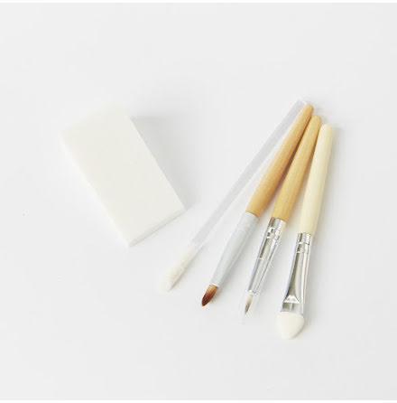 Natural Earth Paint, penslar till ansiktsfärg. Miljövänliga sminkapplicatorer