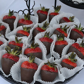 Chocolate Strawberries by Larry Peeler - Food & Drink Plated Food ( plated, chocolate, food, strawberries, mouthwatering )