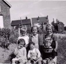 Photo: Glebe Meadow children