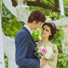 Wedding photographer Albina Sazhenyuk (Burmuar). Photo of 16.08.2014