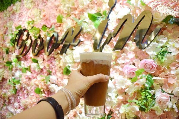 朵映花花世界X高雄早午晚餐推薦X鳳山寵物友善餐廳X網美拍照花牆