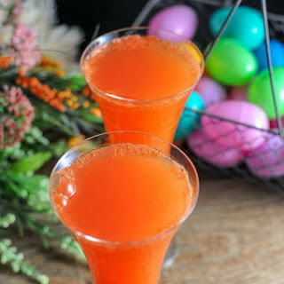 Carrot Ginger Mimosa – An Easter Cocktail.