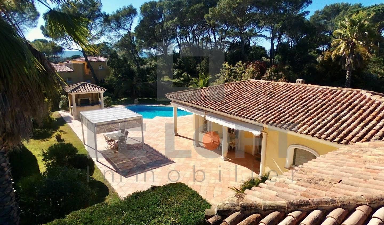 House with pool Saint-Raphaël