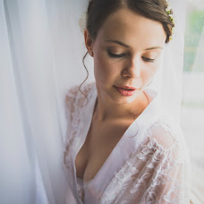 Wedding photographer Alena Panikarskaya (PanikAlyona). Photo of 23.07.2014