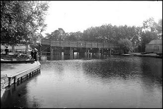Photo: Bow Bridge Wateringbury - The original wooden bridge