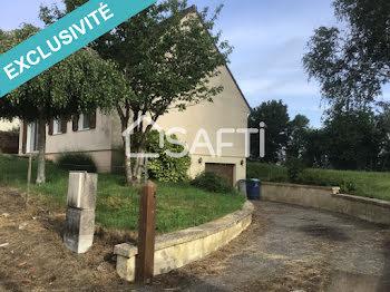 maison à Wiège-Faty (02)