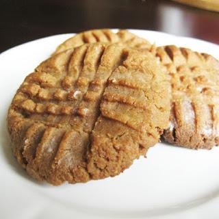 Peanut Butter Stevia Cookies.